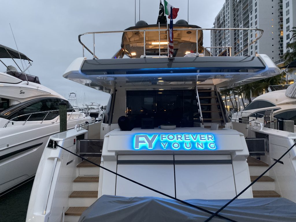 Yacht ForEver Young In Miami