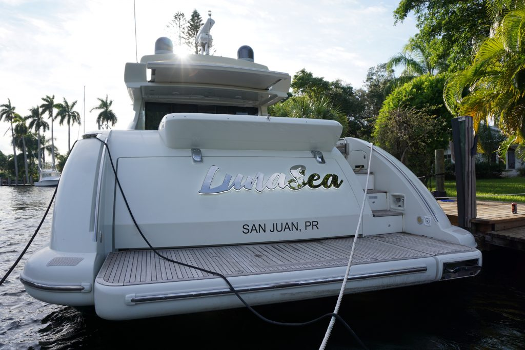 Yacht Luna Sea