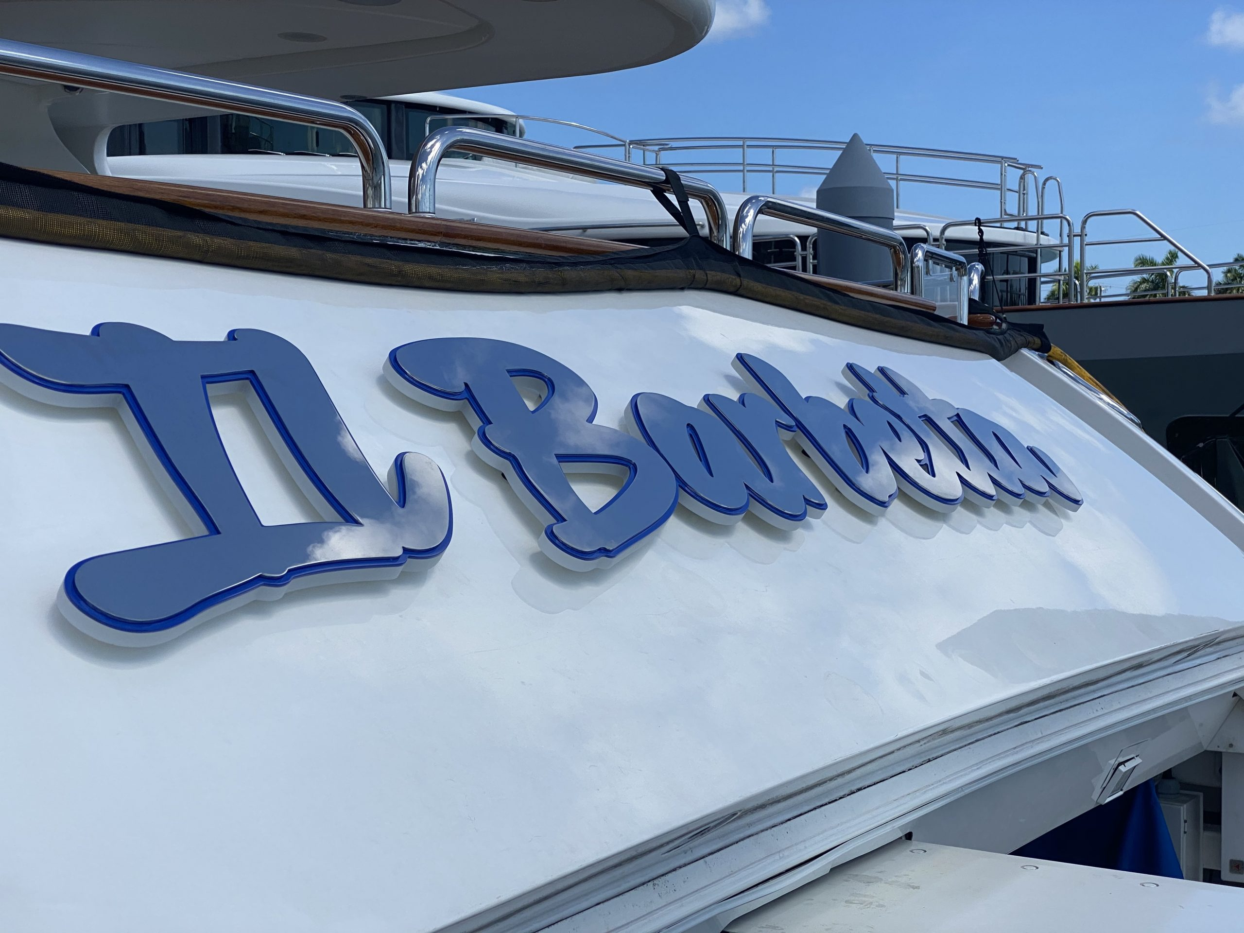 Yacht Signs Il Barbetta